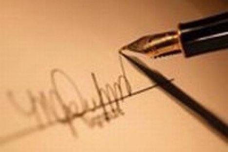 263593_import-pero-podpis-podpisovanie-atramentove-atramentove-crop